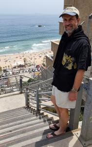Path to the beach at Reñaca (257 steps!)