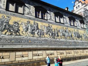 Parade of Nobles Mural, Dresden