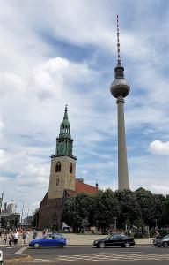 Alexanderplatz and the famous tv tower