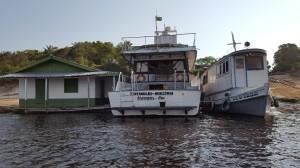 Boat dock at Anavilhanas