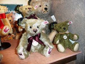 Steiff teddy bears!