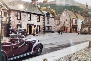 Falkland (stand-in for Inverness) in Outlander