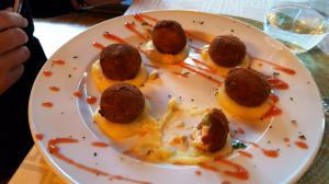 Croquetas for dinner at Hostal Almanzor