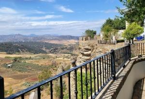 Walk along the El Tajo gorge, Ronda