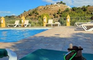 Relaxing poolside, Iznájar