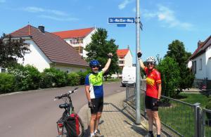 At Dr.-Weißler-Weg