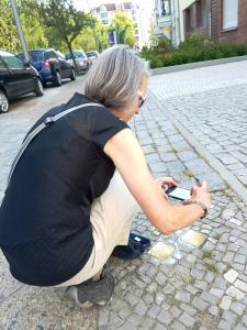 Photographing the stolpersteine