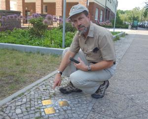 Robert with the stolpersteine